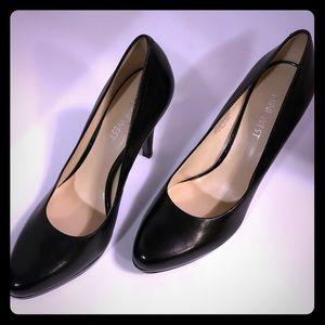Nine West Black Pumps Heels size 6.5